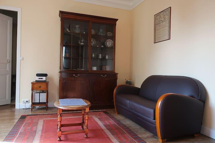 Charming flat , Vincennes wood