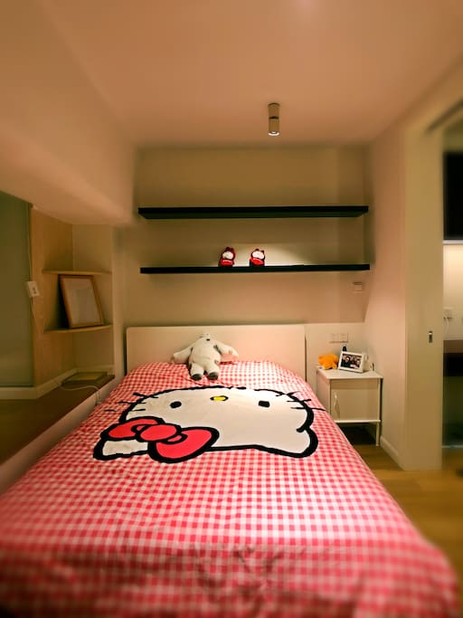 房间Kitty