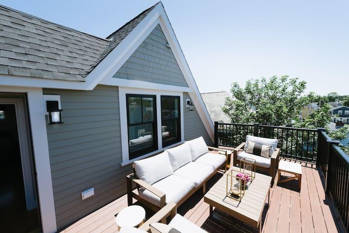 2 Decks for Entertaining, 3 Levels of Living Space