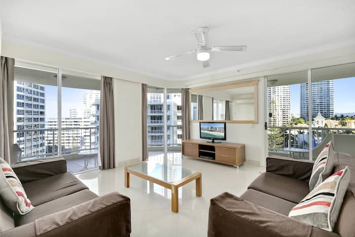 Moroccan Resort Beach Front Surfers Paradise 239