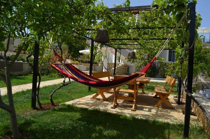 Garden Villa Apartment Ksamil - 63