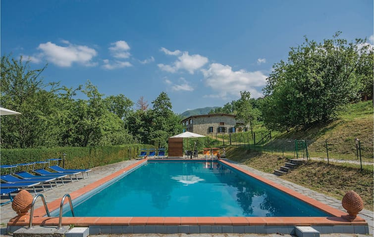 Holiday cottage with 1 bedroom on 35m² in Camporgiano LU