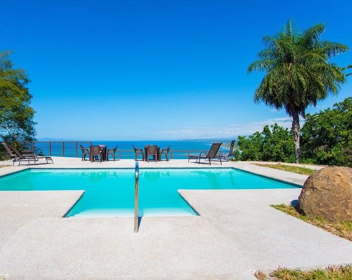 Villa Azul es un lugar exclusivo por su ubicacion.