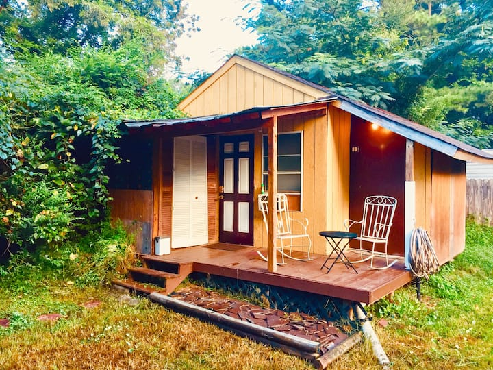 Durham - Sweet Little Glamping Cottage