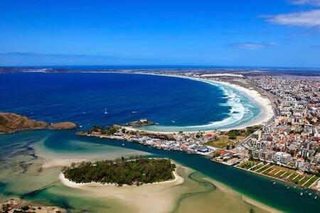 Ampla suíte próximo a Praia do Forte - Cabo Frio