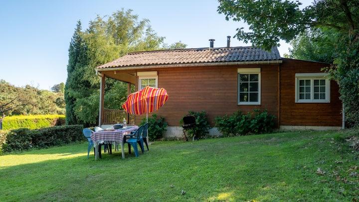 Cocon Nat' - Petit chalet calme avec grand jardin