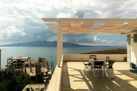 Villa Suite with Amazing View - Sarandë