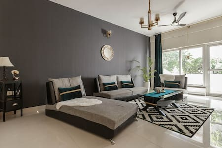The Emerald Suite A Serviced Residence Koramangala