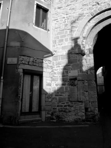 Appartement au coeur du vieux Millau - Millau - Huoneisto