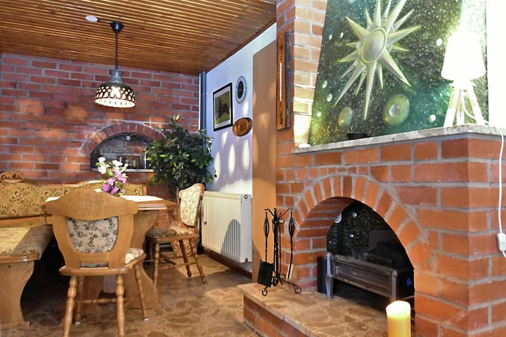 Holiday home on Rennsteig in Thuringian Forest - separate entrance and garden