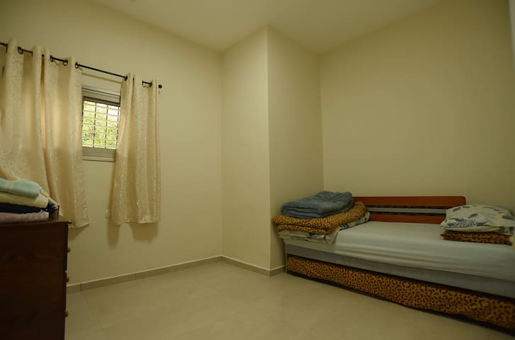 bedroom for 2-3 people