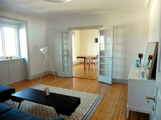 Cozy & Affordable Double Room 10min from CPH City - Hellerup - Apartamento