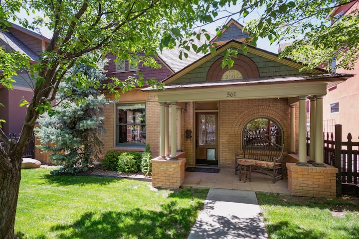 New Remodeled Historic Home on 3rd Avenue - 2 Blocks to Main - Rooftop Deck