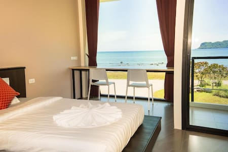 The Beach Resort and Residence   Sea View with ABF