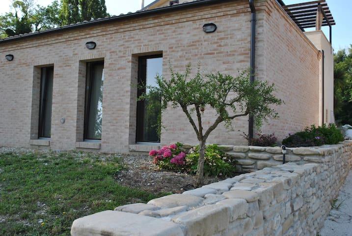 """Country house """"Le Ripe"""" - Montalto delle Marche"""