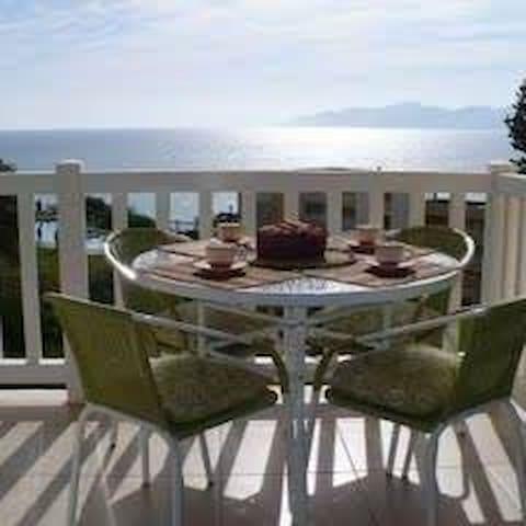 Hermoso departamento con vista al mar, Horcón.