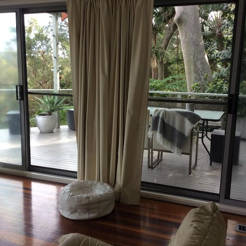 Quite private hideaway in the Northern Beaches