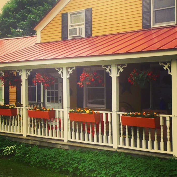 Restaurants Near Skidmore College