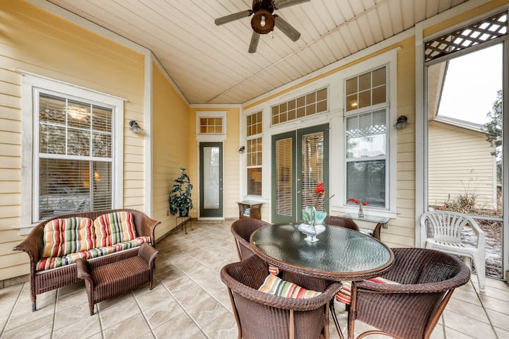 Unique beach home in the Fort Morgan area w/shared hot tub & pool