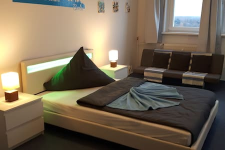 Stylish & Charming room in north-east berlin - กรุงเบอร์ลิน - ที่พักพร้อมอาหารเช้า