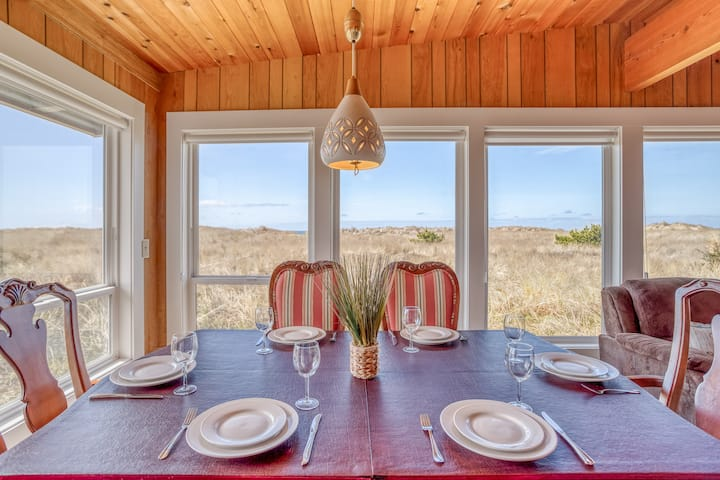 Single Level Oceanfront Manzanita Home with Modern Touches, Dog Friendly!