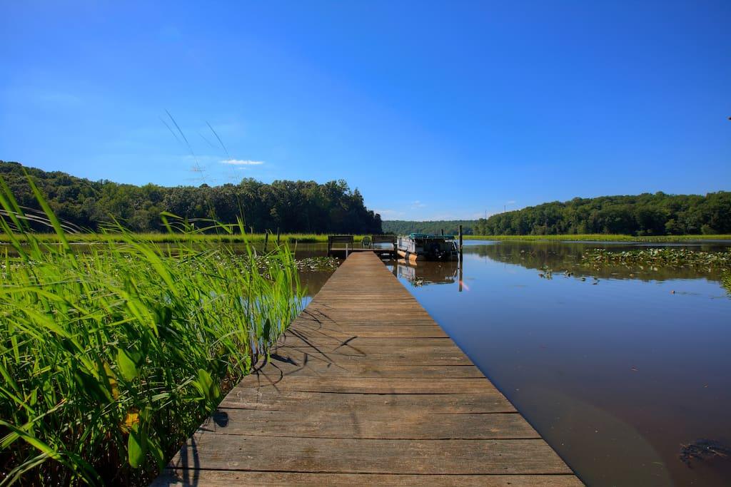 Beautiful dock for boating, kayaking, fishing and meditation.