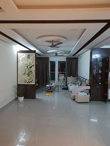 Pleasant home stay with sea facing room