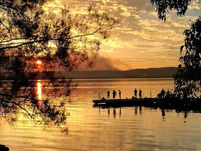 Murrays Beach Sunset Retreat