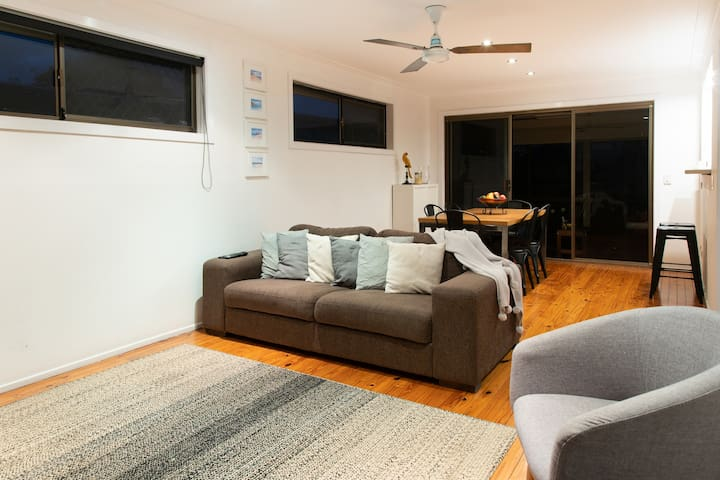 Family Gathering - 3 B/R beach holiday home