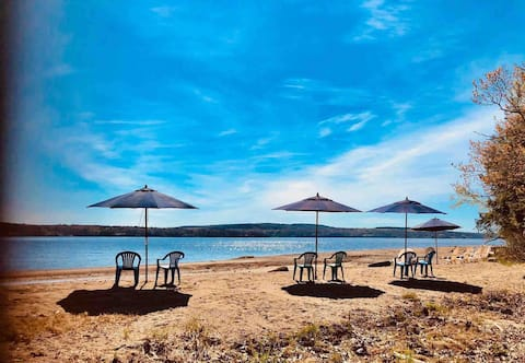 Private Sandy Beach, 15+ beds, Pets,  Acadia