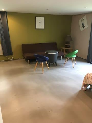 Grande chambre de 27 m2