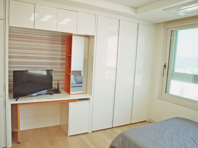 New OPEN  COZY HOUSE  1 한강 스튜디오 천호역 도보 3분 - Gangdong-gu - Apartment
