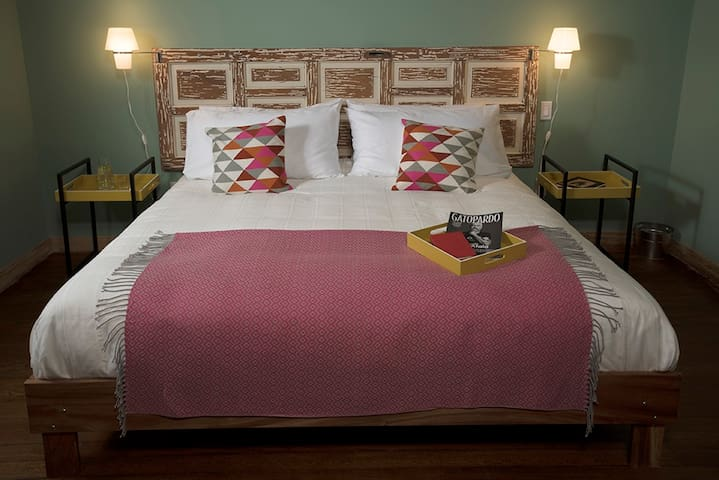 CHAYO, B&B´s Very Comfortable Suite in Condesa.