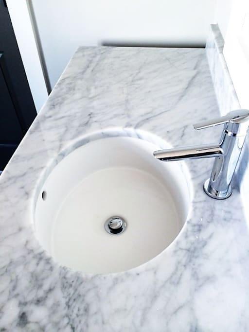 Elegant Carrerra White Marble Sinks!