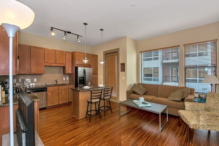 ⭐️⭐️ AMAZING PRICE West-Village Walk Anywhere ⭐️⭐️