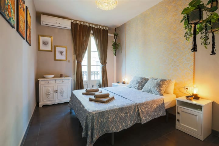 Vintage apartment at Las Ramblas A/C