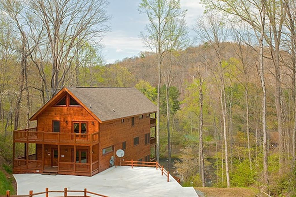 The Rivers Edge, with Wrap-Around Decks Overlooking the Gorgeous Toccoa River
