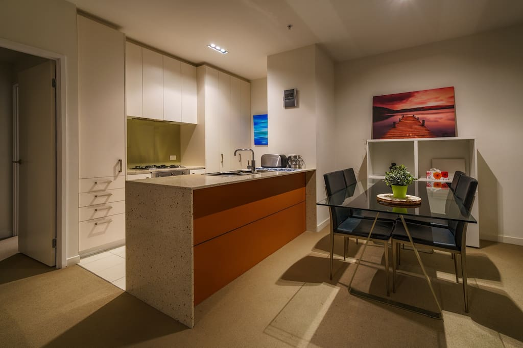 Furnished 2br apartment in the city next to rmit apartments for rent in melbourne victoria Rent 2 bedroom apartment melbourne