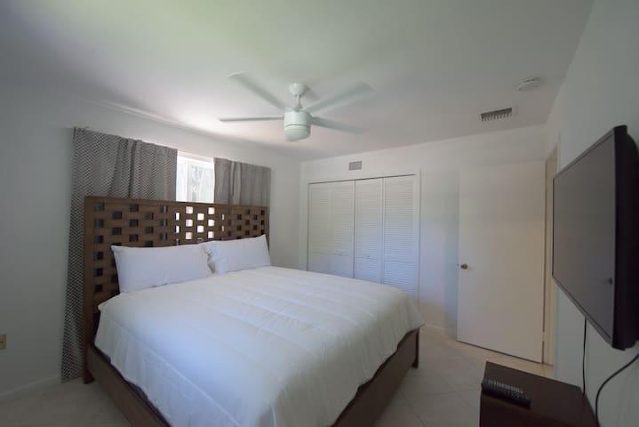 Miami - Paradise Place Pinecrest