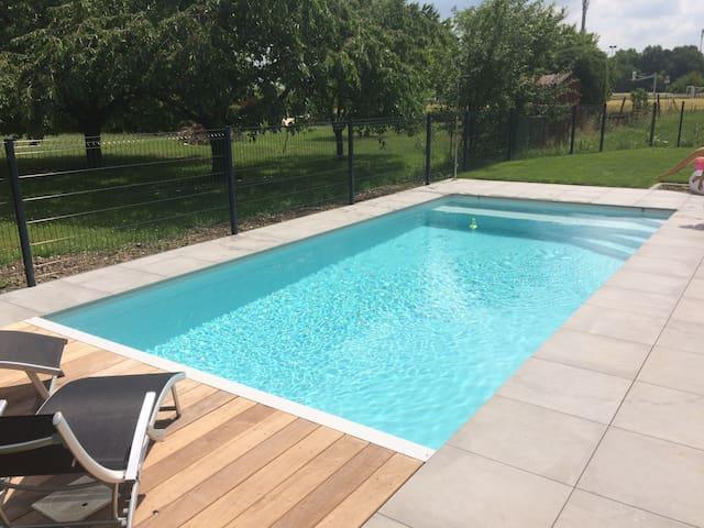 Maison plain pieds avec piscine proche Colmar