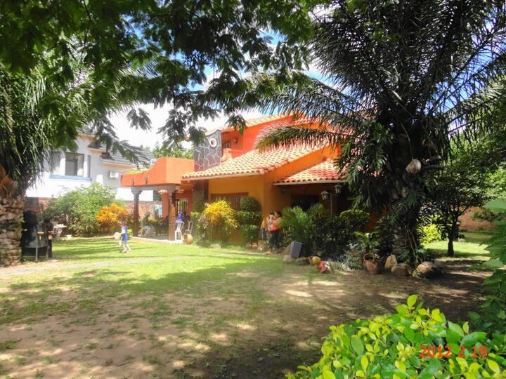 Santa Cruz De La Sierra, Casa Particular