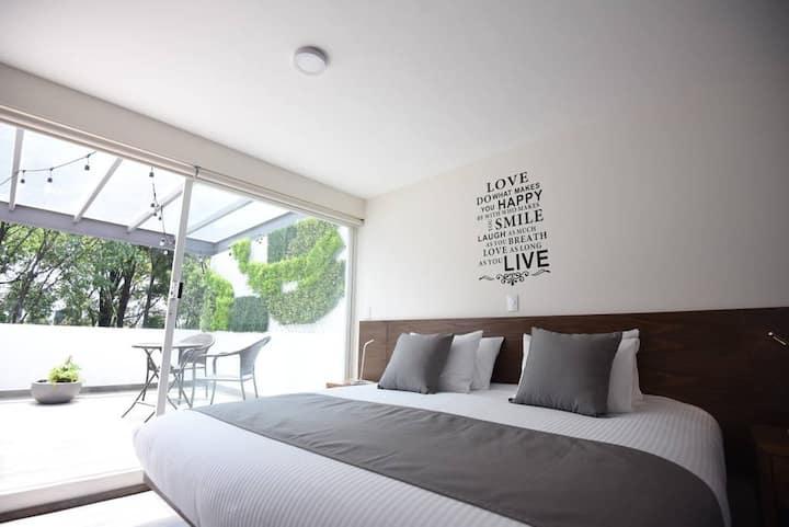 El mejor Loft con terraza arbolada privada.