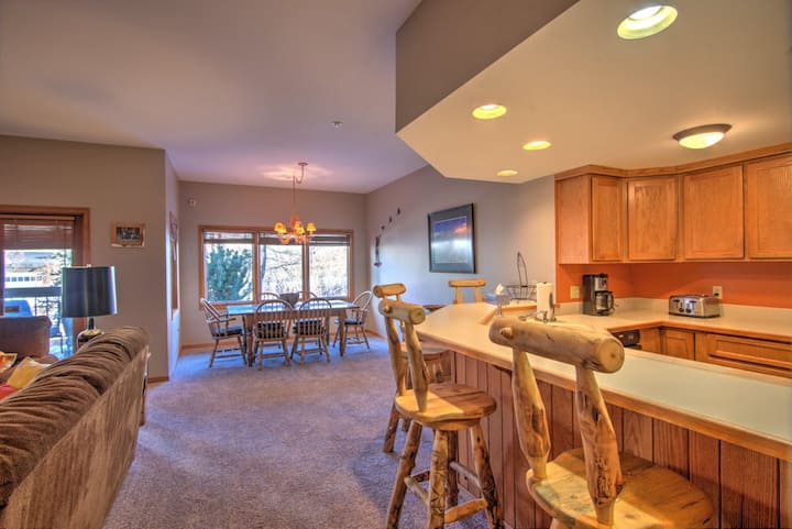 Telluride 2 bed 2 bath ski in/out