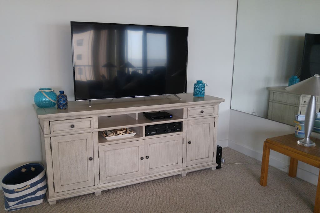 "55"" TV and plenty of extra storage!"