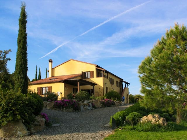 Serra Destri, 2rooms apt Vallocaia: sea view, pool - Riparbella - Apartment