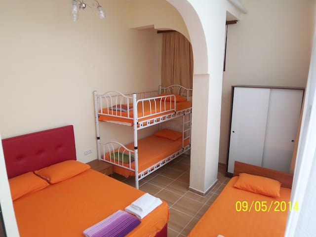 2Aircon,Garden,Close2Beach,2+1,WiFi - Seferihisar