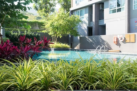 Modern Studio Apartment with Pool and Gym - Mueang Chiang Mai District - Huoneisto