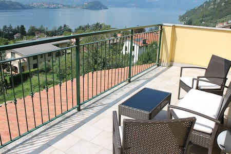 Balcony Lake View 2 *SHORT STAY*