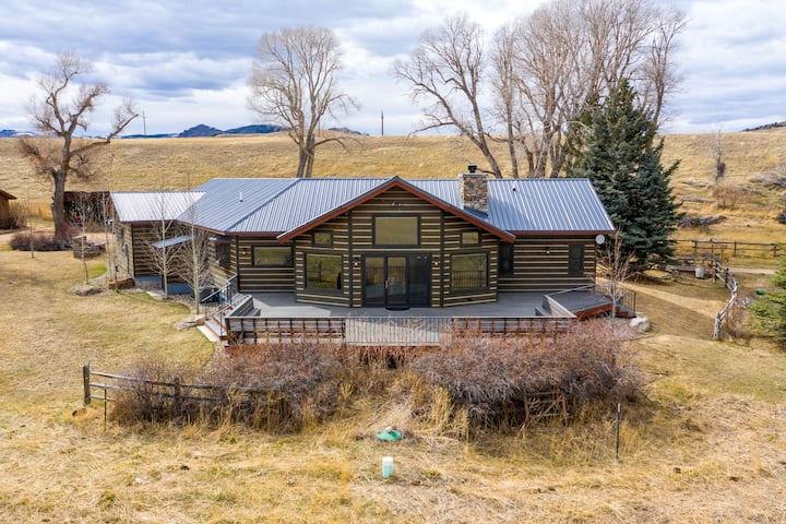 3 Bar M Ranch - New Cabin Near Ennis!
