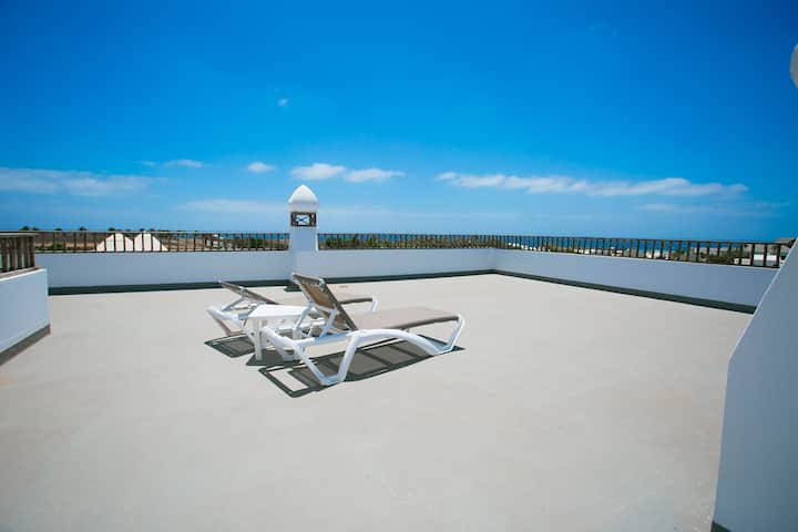 "Apartment ""Sea Star"". Panoramic sea views."
